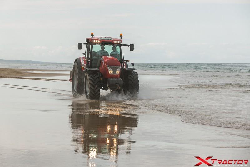 Xtractor sulla spiaggia di Fraser Island