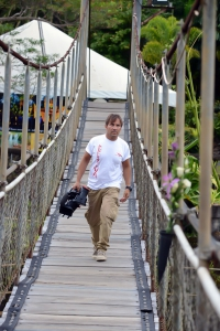 Camminata sul ponte